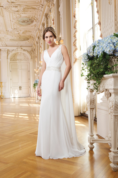 6350 gown from the 2015 Lillian West collection, as seen on Bride.Canada