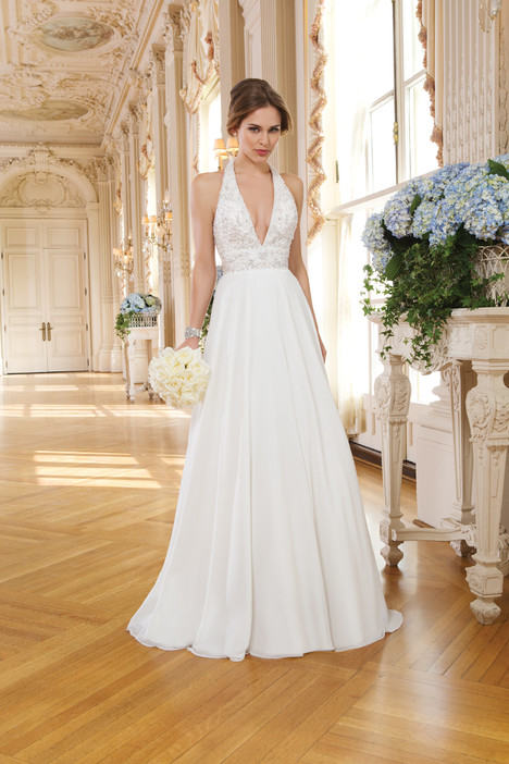 6352 gown from the 2015 Lillian West collection, as seen on Bride.Canada