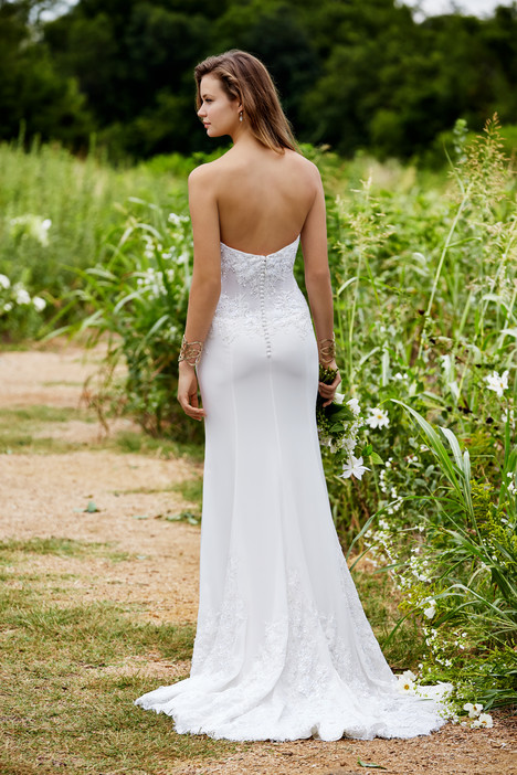 Guinevere (back) gown from the 2015 Watters: Willowby collection, as seen on Bride.Canada