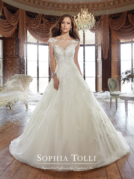 Sam (Y21509) gown from the 2015 Sophia Tolli collection, as seen on Bride.Canada