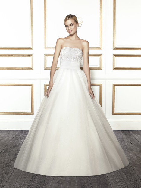 T677 gown from the 2015 Moonlight : Tango collection, as seen on Bride.Canada