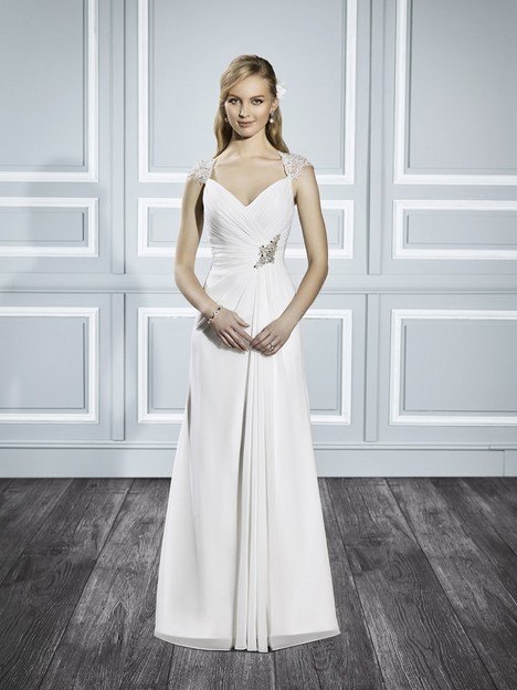 T700 gown from the 2015 Moonlight : Tango collection, as seen on Bride.Canada