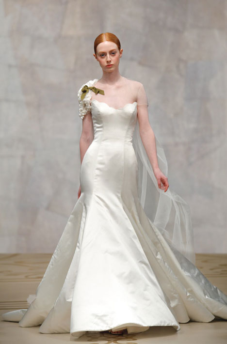 Iris gown from the 2010 Reem Acra collection, as seen on Bride.Canada