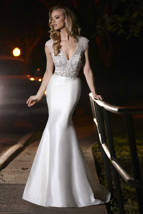 90245 gown from the 2015 Simone Carvalli collection, as seen on Bride.Canada