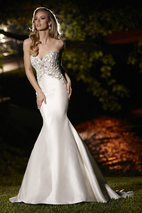 90247 gown from the 2015 Simone Carvalli collection, as seen on Bride.Canada