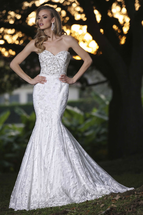90250 gown from the 2015 Simone Carvalli collection, as seen on Bride.Canada