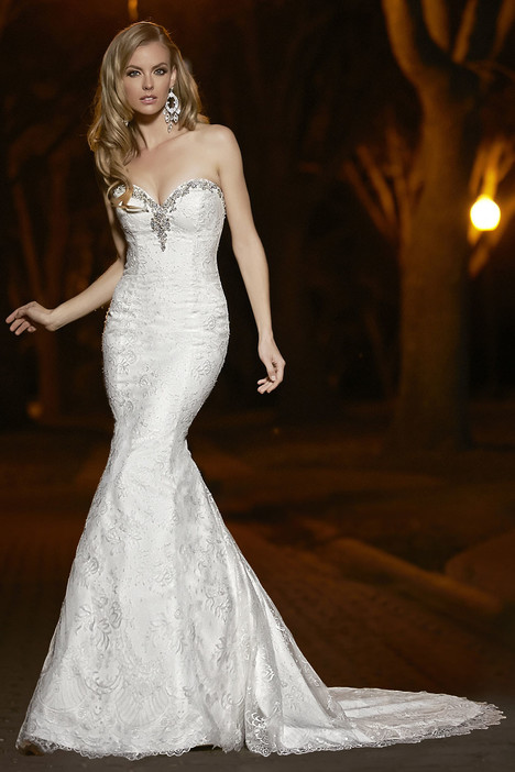 90252 gown from the 2015 Simone Carvalli collection, as seen on Bride.Canada