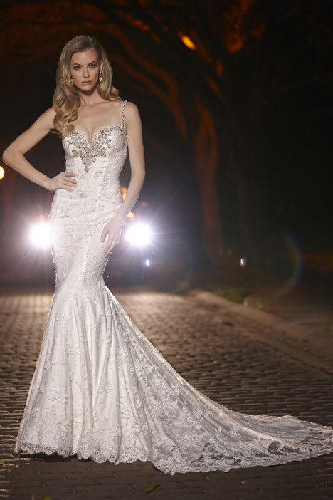 90257 gown from the 2015 Simone Carvalli collection, as seen on Bride.Canada