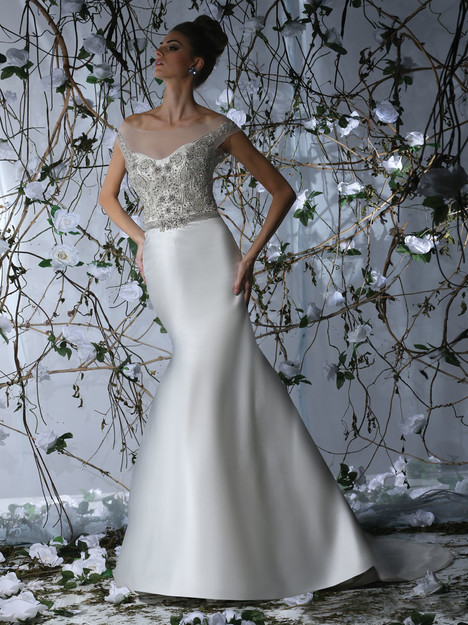 VH172 gown from the 2015 Victor Harper collection, as seen on Bride.Canada