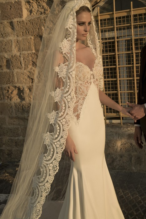 Corso gown from the 2014 Galia Lahav Couture collection, as seen on Bride.Canada