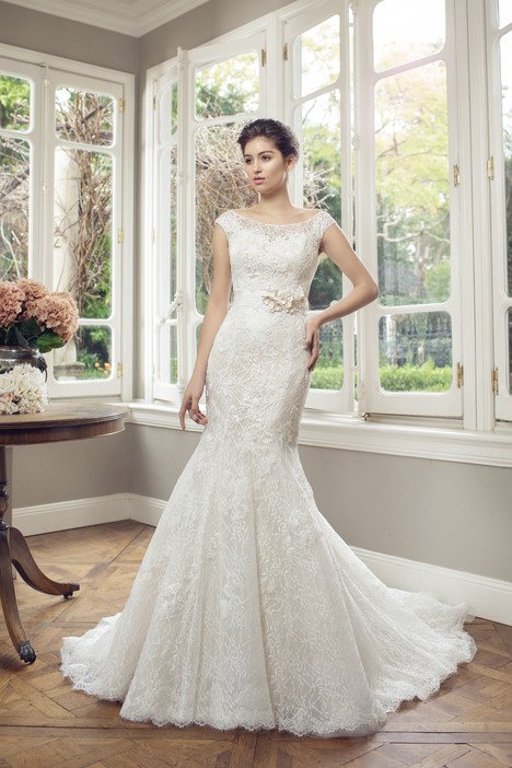 M1430Z gown from the 2014 Mia Solano collection, as seen on Bride.Canada