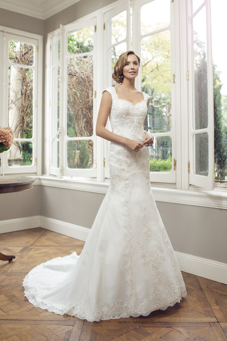 M1445Z gown from the 2014 Mia Solano collection, as seen on Bride.Canada