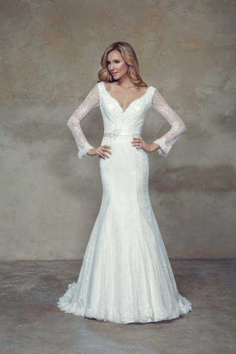 M1500Z gown from the 2015 Mia Solano collection, as seen on Bride.Canada