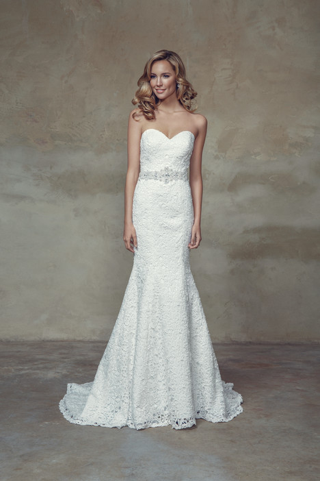 M1522L gown from the 2015 Mia Solano collection, as seen on Bride.Canada