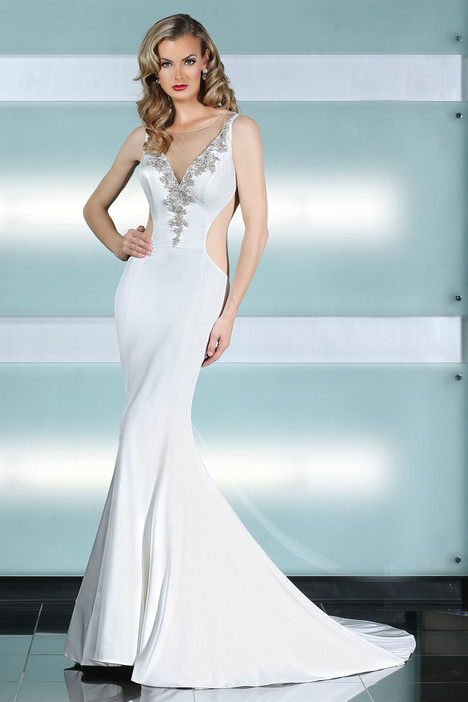 90221 gown from the 2015 Simone Carvalli collection, as seen on Bride.Canada