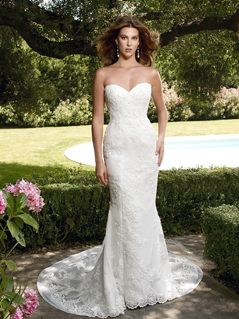2022 gown from the 2011 Casablanca Bridal collection, as seen on Bride.Canada