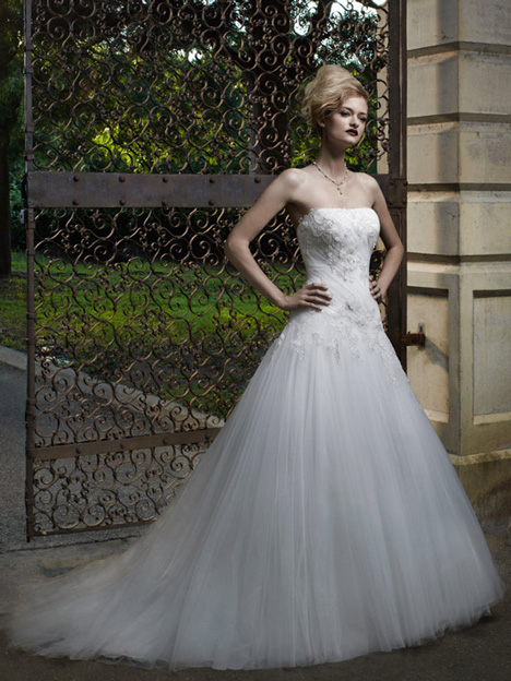 2058 gown from the 2012 Casablanca Bridal collection, as seen on Bride.Canada