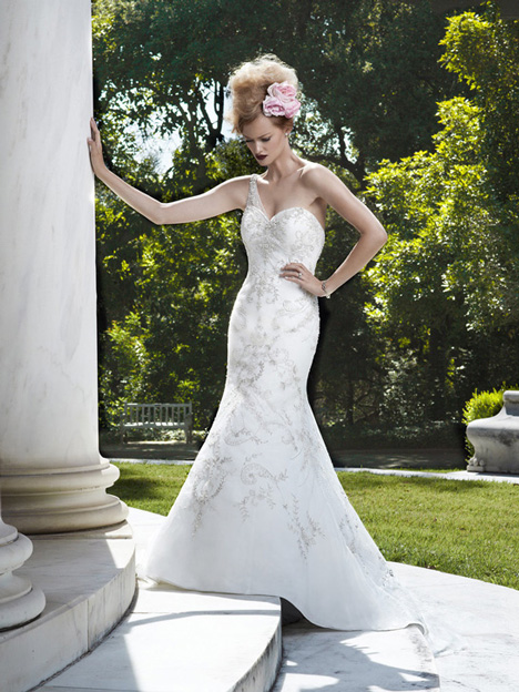 2074 gown from the 2012 Casablanca Bridal collection, as seen on Bride.Canada