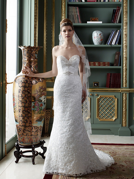 2081 gown from the 2012 Casablanca Bridal collection, as seen on Bride.Canada