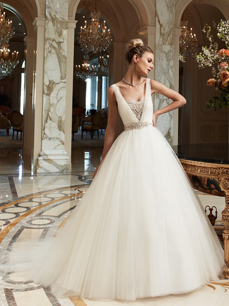 2091 gown from the 2012 Casablanca Bridal collection, as seen on Bride.Canada