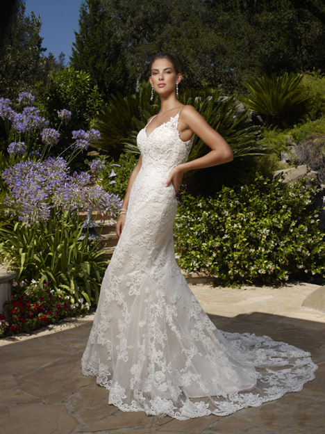 1975 gown from the 2013 Casablanca Bridal collection, as seen on Bride.Canada