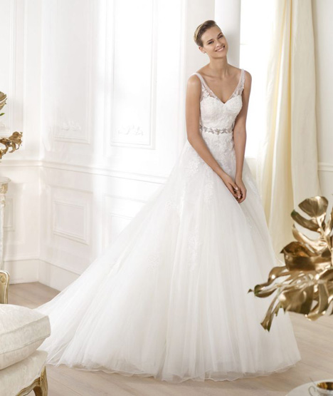 Lauris gown from the 2014 Pronovias collection, as seen on Bride.Canada