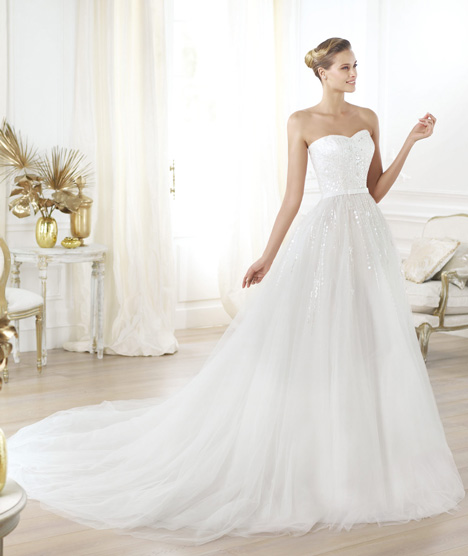 Layna gown from the 2014 Pronovias collection, as seen on Bride.Canada