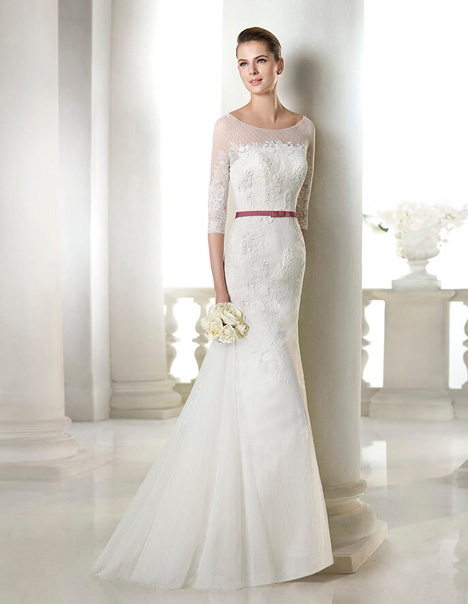 Shaira gown from the 2015 St. Patrick collection, as seen on Bride.Canada