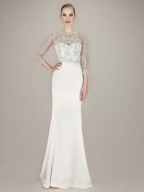 Kacey gown from the 2016 Enzoani collection, as seen on Bride.Canada