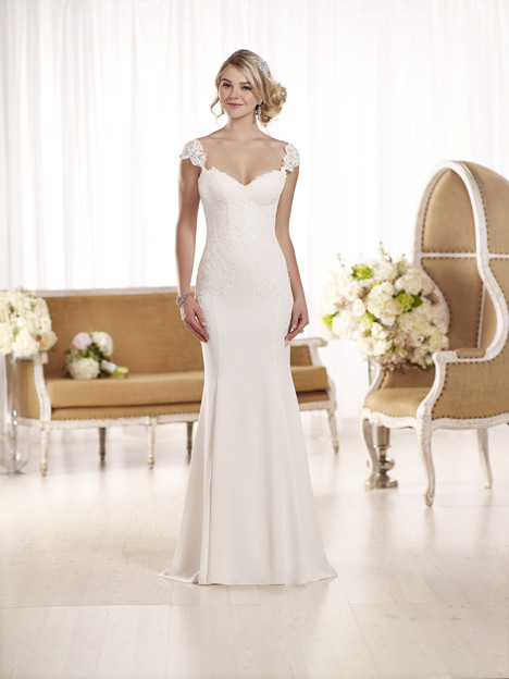 D1897 gown from the 2016 Essense of Australia collection, as seen on Bride.Canada