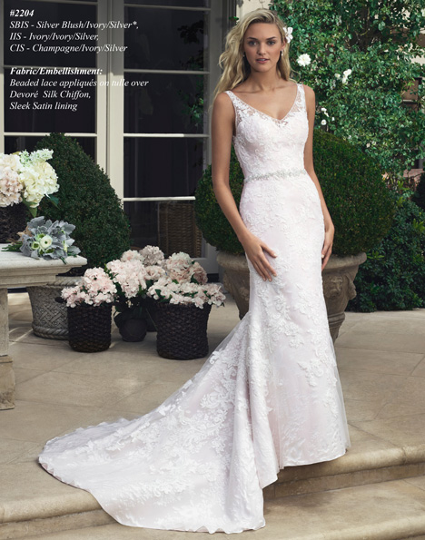 2204 gown from the 2015 Casablanca Bridal collection, as seen on Bride.Canada