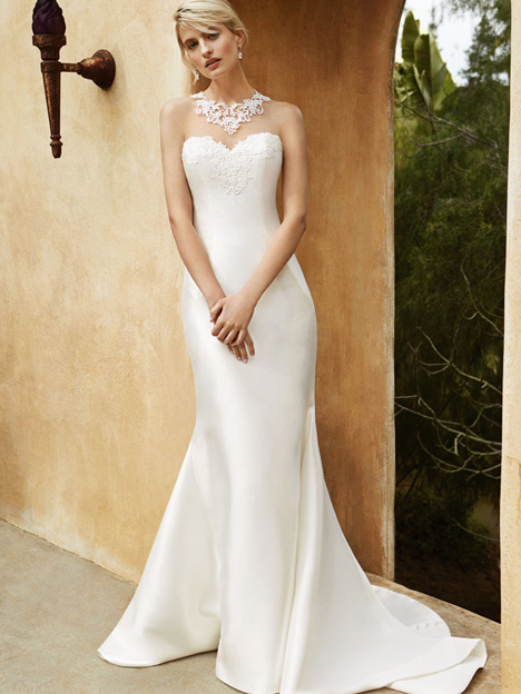 BT16-02 gown from the 2015 Enzoani Beautiful Bridal collection, as seen on Bride.Canada