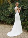 Enzoani Beautiful Bridal BT16-15 (2)