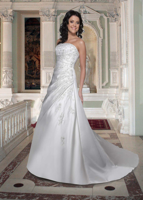 8354 gown from the 2013 DaVinci collection, as seen on Bride.Canada