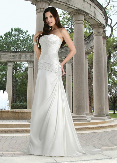 50052 gown from the 2014 DaVinci collection, as seen on Bride.Canada
