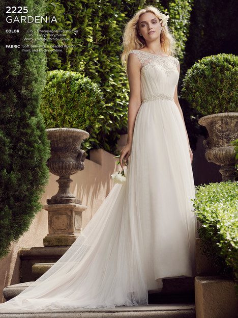 Gardenia gown from the 2016 Casablanca Bridal collection, as seen on Bride.Canada