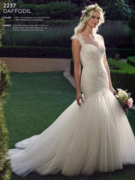 Daffodil gown from the 2016 Casablanca Bridal collection, as seen on Bride.Canada