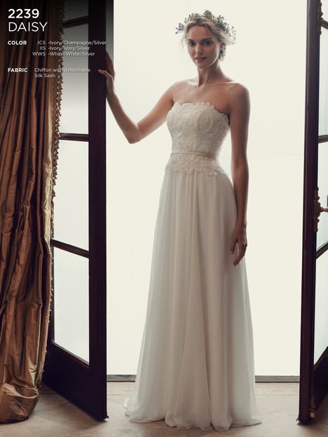 Daisy gown from the 2016 Casablanca Bridal collection, as seen on Bride.Canada