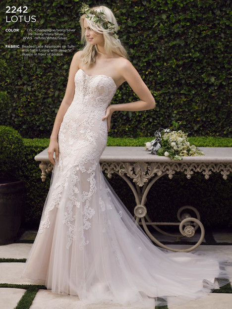 Lotus gown from the 2016 Casablanca Bridal collection, as seen on Bride.Canada
