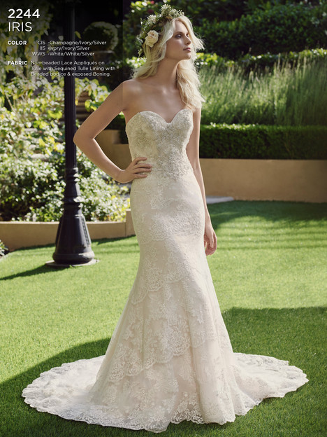 Iris gown from the 2016 Casablanca Bridal collection, as seen on Bride.Canada