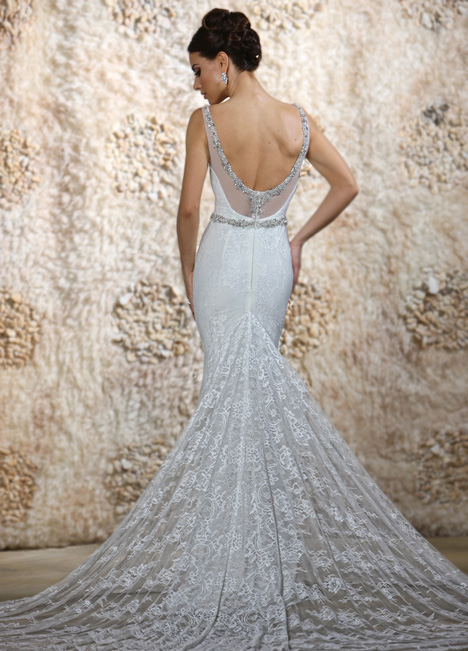 Liv (2) gown from the 2015 Cristiano Lucci collection, as seen on Bride.Canada