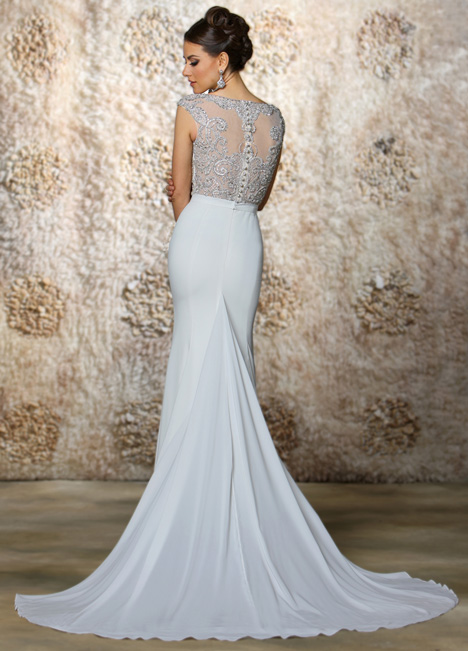 Uma (back) gown from the 2015 Cristiano Lucci collection, as seen on Bride.Canada