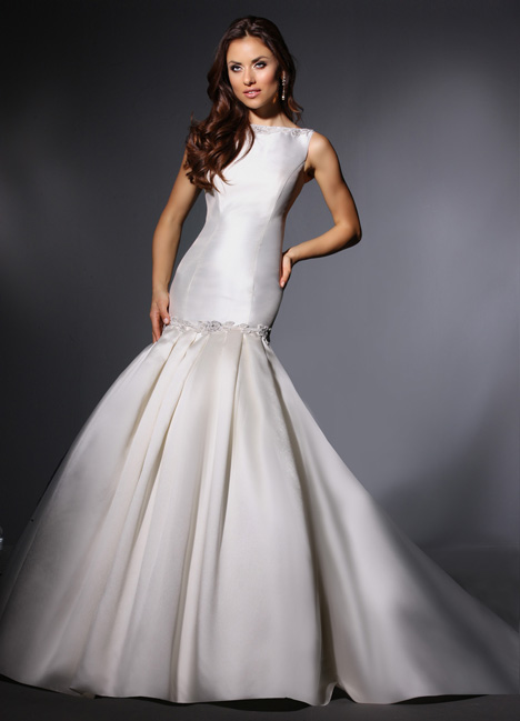Loretta gown from the 2015 Cristiano Lucci collection, as seen on Bride.Canada
