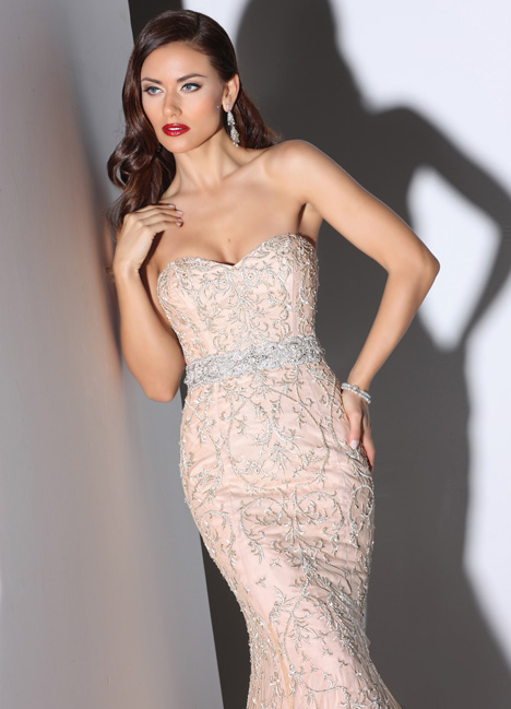 Tippi gown from the 2014 Cristiano Lucci collection, as seen on Bride.Canada