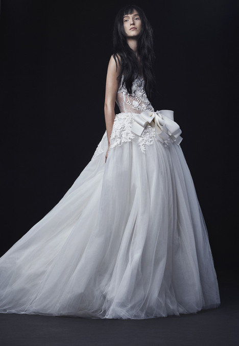 Fernanda gown from the 2016 Vera Wang collection, as seen on Bride.Canada