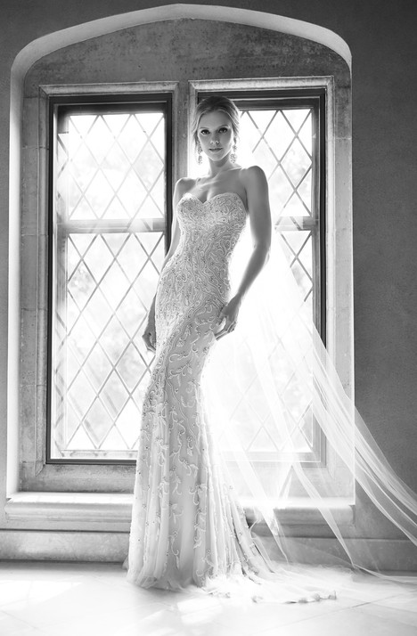 650 gown from the 2015 Martina Liana collection, as seen on Bride.Canada