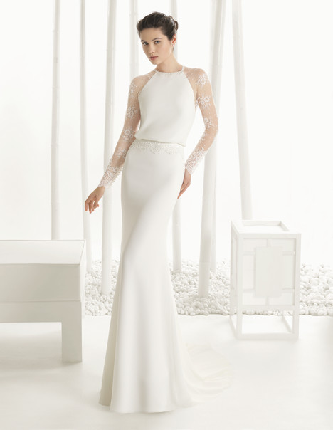 Diverso gown from the 2016 Rosa Clara Couture collection, as seen on Bride.Canada