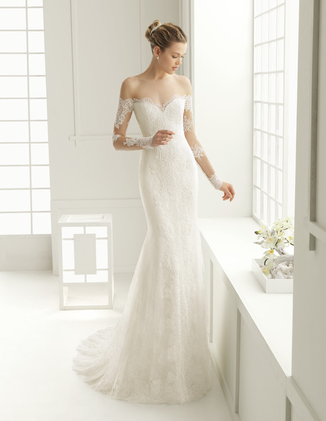 Dore gown from the 2016 Rosa Clara Couture collection, as seen on Bride.Canada