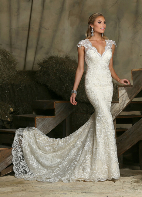50329 gown from the 2015 DaVinci collection, as seen on Bride.Canada