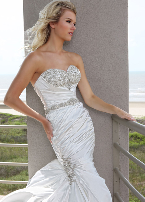 50239 gown from the 2015 DaVinci collection, as seen on Bride.Canada
